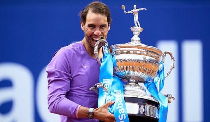 Rafael Nadal clinches 12th Barcelona Open title | राफेल नदालने 12 वे बार्सिलोना ओपन स्पर्धा जिंकले_40.1